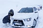 برف اردیبهشتی در محورهای پنج استان کشور