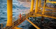 آسوشیتدپرس: آمریکا معافیت محدود تحریم نفت ایران را بررسی میکند