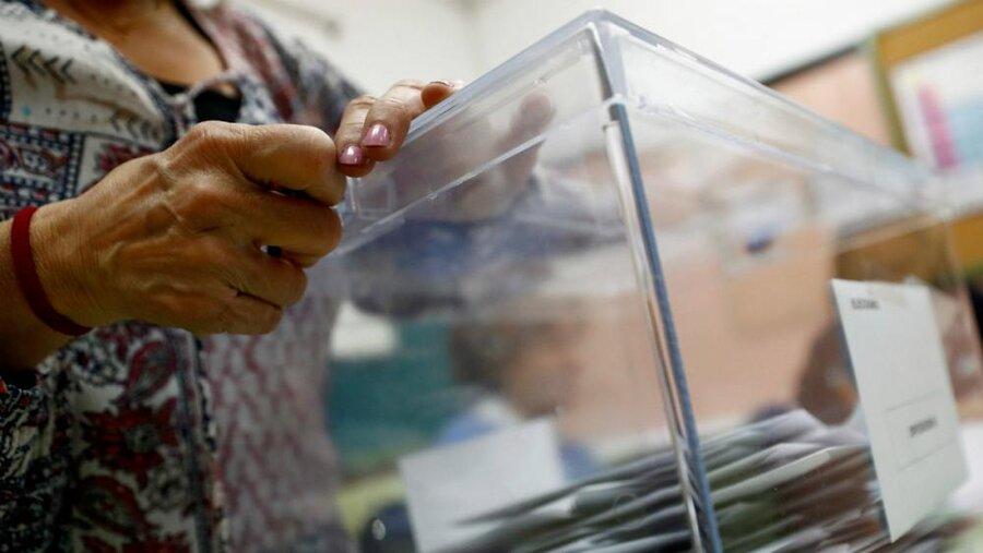 نتیجه یک تحقیق: بسیاری از مردم جهان دیگر به دموکراسی باور ندارند