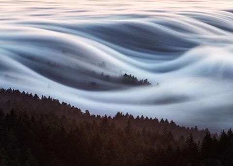ایلت مارین - مه بر شانههای کوه