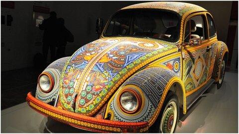 فولکس واگن با ۲ میلیون شیشه رنگی