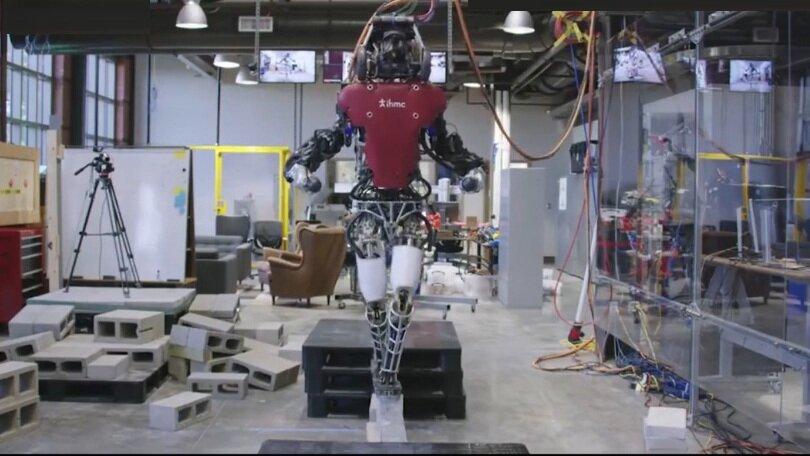 رباتي براي عبور از مسيرهاي خطرناك