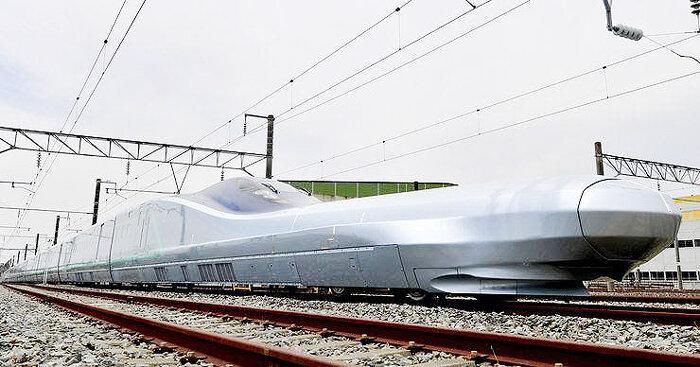 قطار آلفا ايكس ژاپن