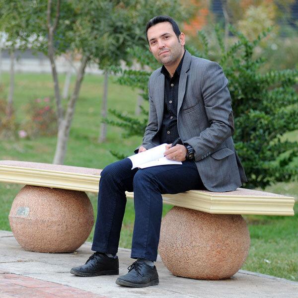 حسین فراهانی-نویسنده