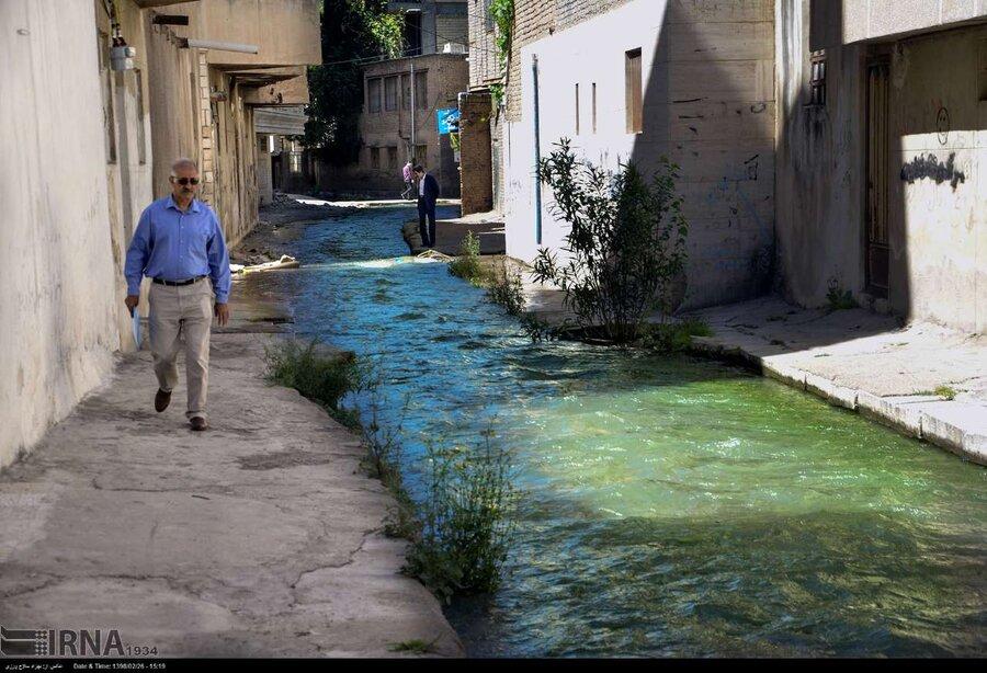جوشش چشمه ها در خیابان های خرم آباد