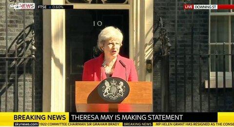 ترزا می از نخستوزیری انگلیس استعفا داد