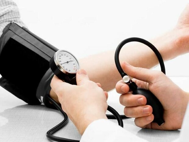 چگونه فشار خون ما بالا ميرود