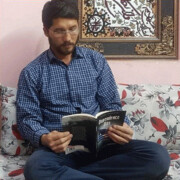 کارگر افغانستانی از مسیر انتشار کتابش از مشهد تا لندن میگوید