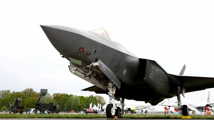 رویترز: آمریکا دیگر خلبانهای جنگندههای اف-۳۵ ترکیه را آموزش نمیدهد
