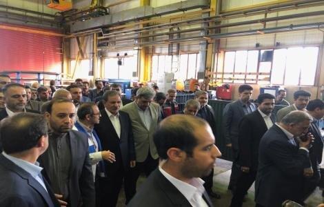 بازديد جهانگيري از كارخانه واگنسازي تهران به دعوت حناچي
