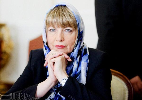 هلگا اشميت
