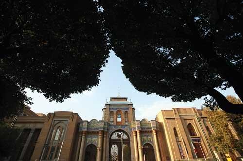 دروازهی در قلب تهران