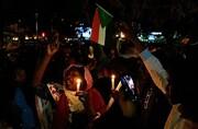 تظاهرات شبانه سودانیها در اعتراض به کشتار خونین