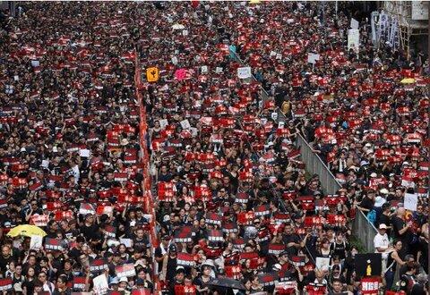 ادامه اعتراضها در هنگ کنگ
