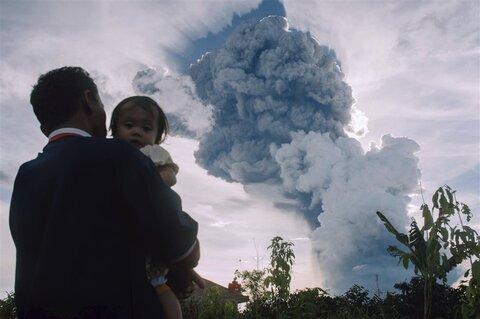 آتشفشان در اندونزی
