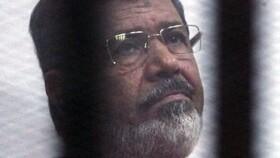 ایندیپندنت: مرسی بیش از ۲۰ دقیقه روی زمین افتاده بود