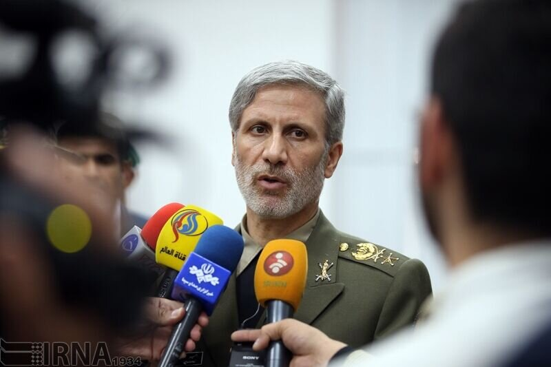وزیر دفاع: اتهام زنیها به ایران مستند نیست