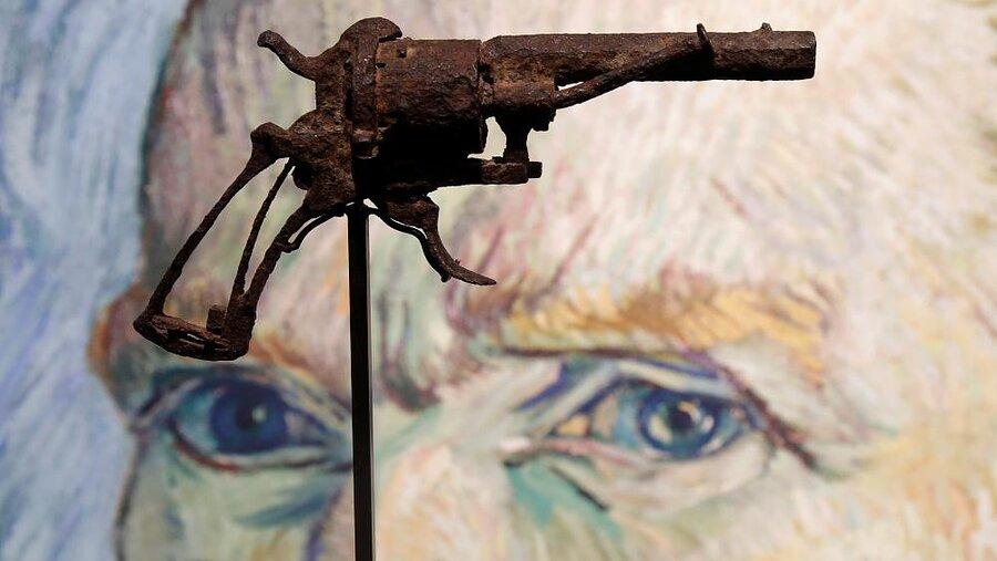 تپانچه «خودکشی» ونسان ونگوگ به قیمت ۱۸۳ هزار دلار فروخته شد