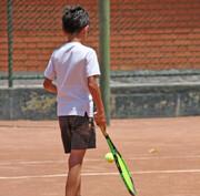 نیک یوسفیان قهرمان تنیس زیر ۱۴ سال کشور شد