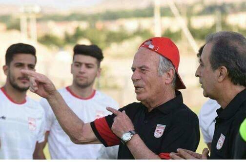 جلسه طولانی دنیزلی با بازیکنان تراکتور