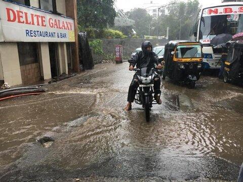 سیل در بمبئی