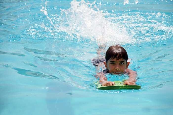 هزینه شنا