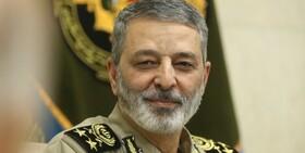 فرمانده کل ارتش از تیپ ۲۵ نیروی مخصوص واکنش سریع تبریز بازدید کرد