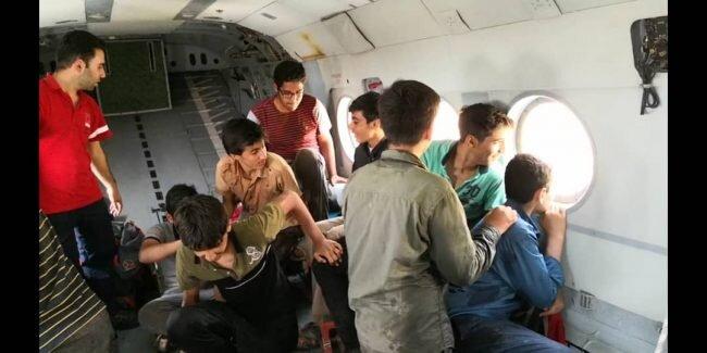 نجات 9 دانش آموز توسط آتشنشاني و هلال احمر