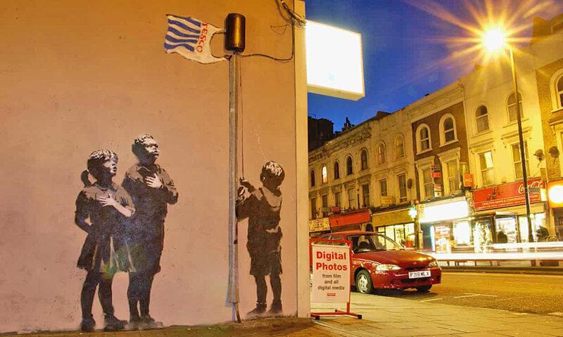 نقاشي ديواري بنكسي در انگليس