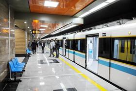 فیلم | ماجرای اعتراض شماری از کارکنان مترو