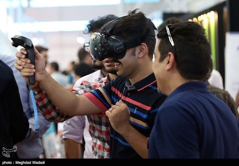 افتتاح بیست و پنجمین نمایشگاه الکامپ