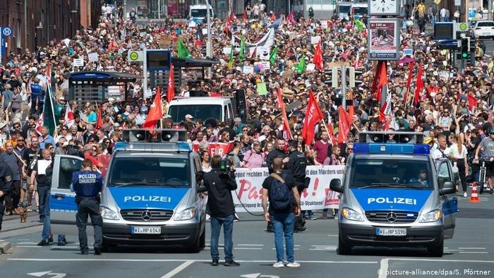 تظاهرات عليه راستگرايان افراطي در آلمان