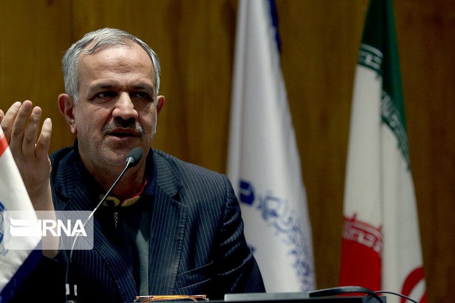 مسجدجامعی: شهر ۸ میلیونی را با ۲۱ نماینده نمیتوان اداره کرد