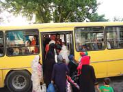 کلافه از گرمای اتوبوسها