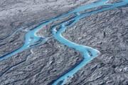 فیلم | موج گرما باعث ذوب شدید یخهای گرینلند در قطب شمال میشود