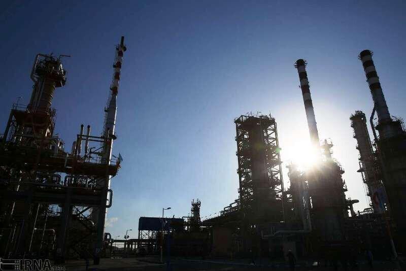 نخستین بنزین ایران از پالایشگاه ستاره خلیج فارس صادر شد