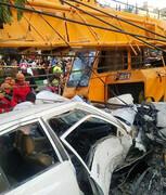 مشهد | جرثقیل بر سر مردم افتاد ؛ ۴ نفر کشته شدند