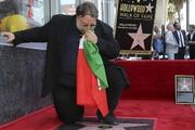 پیادهروی مشاهیر هالیوود | گییرمو دل تورو با پرچم مکزیک ستارهدار شد