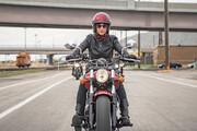 اظهارات یک وکیل دادگستری درباره سرنوشت صدور گواهینامه موتورسیکلت برای بانوان