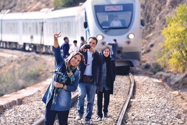 از تهران یک ساعت و نیمه به رشت خواهید رسید