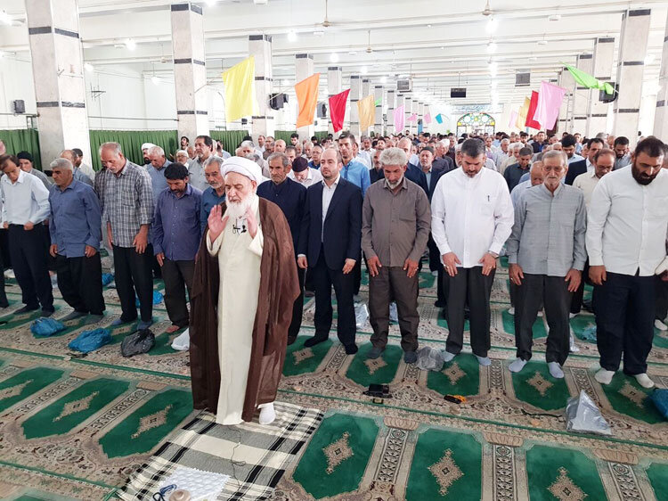 اقامه نماز عید قربان در کرمانشاه و کردستان