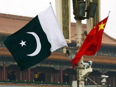 پرچم پاكستان و چين