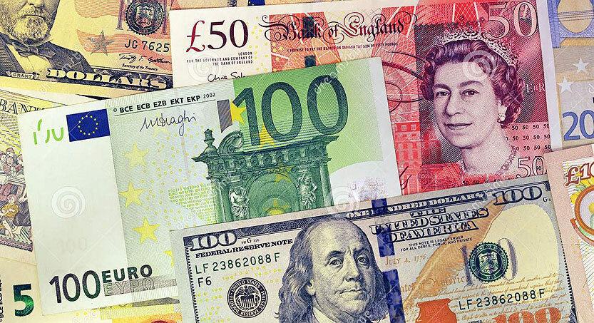 صرافیهای بانکی قیمت دلار را ۱۵۰ تومان افزایش دادند