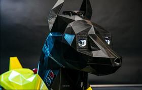 این سگ رباتیکبه دستورات صوتی واکنش نشان میدهد