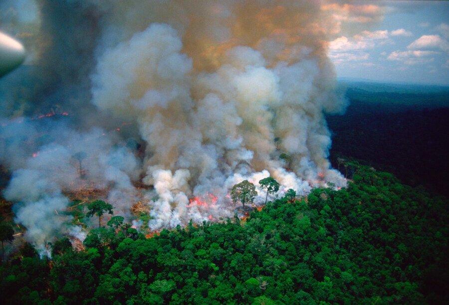 آتش سوزي در جنگل هاي آمازون