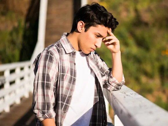 علائم مهم افسردگي در نوجوانان