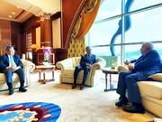 ظریف: در دیدار با ماهاتیر محمد درباره اقدامات خلاف قانون آمریکا صحبت شد