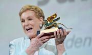 اهدای شیر طلایی افتخاری ونیز به ستاره ۸۳ ساله آوای موسیقی