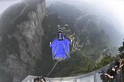 عکس روز: پرواز با لباس بالدار