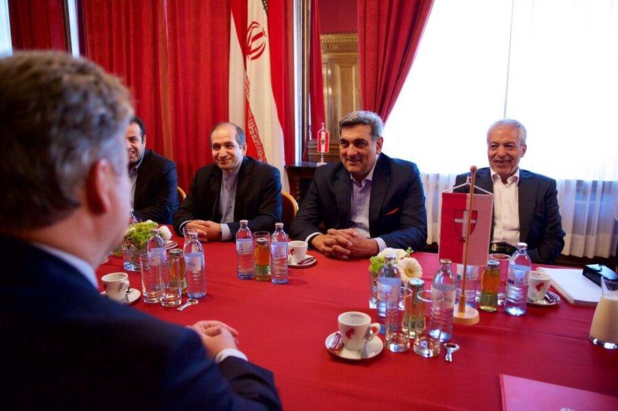 تاکید شهرداران تهران و وین بر گسترش همکاریها